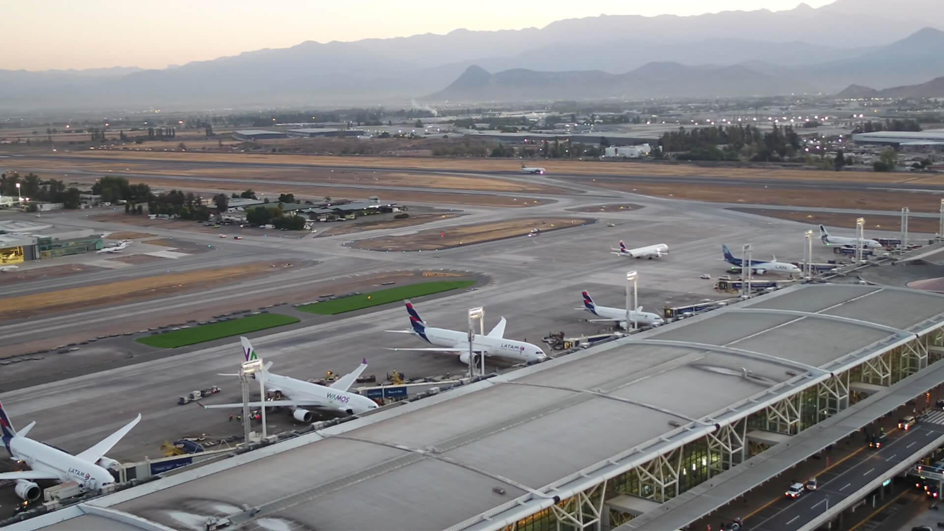 Resultado de imagen para Aeropuerto Merino Benítez wiki